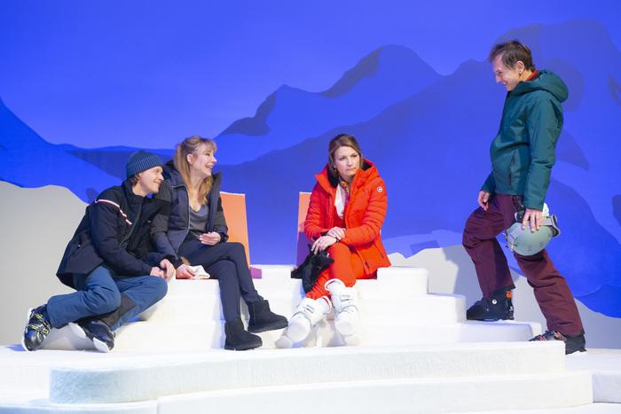 De Ruben östlund   Mise en scène : Salomé Lelouch   Avec Alex Lutz et Julie Depardieu