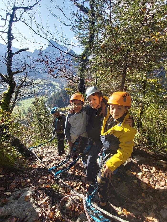 Des vacances tout en équilibre et en adresse, pour les grimpeurs en herbe ou confirmés !