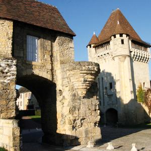 Le musée archéologique du Nivernais - Porte du Croux à Nevers