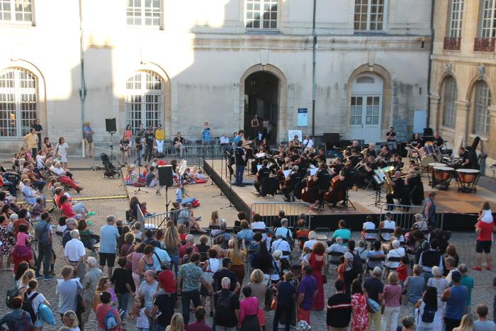 Journées du patrimoine 2019 - Les Musiques du Palais : concert participatif et en plein air
