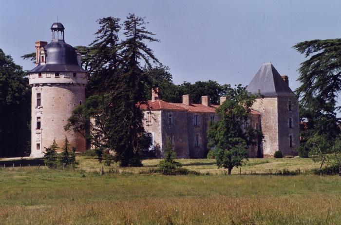 Journées du patrimoine 2020 - Visites guidées au château de Bessay