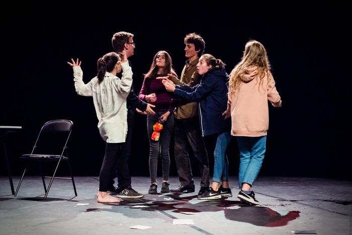 Cours de théâtre pour Adolescents