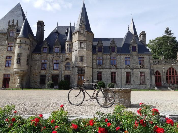 Journées du patrimoine 2020 - Exposition de bicyclettes anciennes, grands-bis et pétrolette