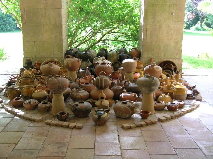 Journées du patrimoine 2019 - Visite guidée de collections de céramique ancienne régionale (faïences, terres vernissées) et carreaux de diverses époques et origines.