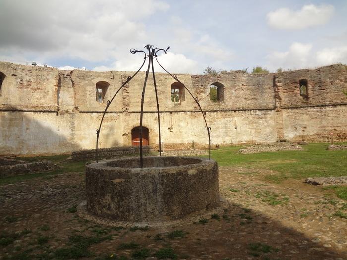 Du château aux moulins, usages de l'eau à Montaner