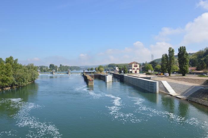 Journées du patrimoine 2020 - Visite guidée de l'écluse de Couzon-Rochetaillée par les agents de Voies navigables de France