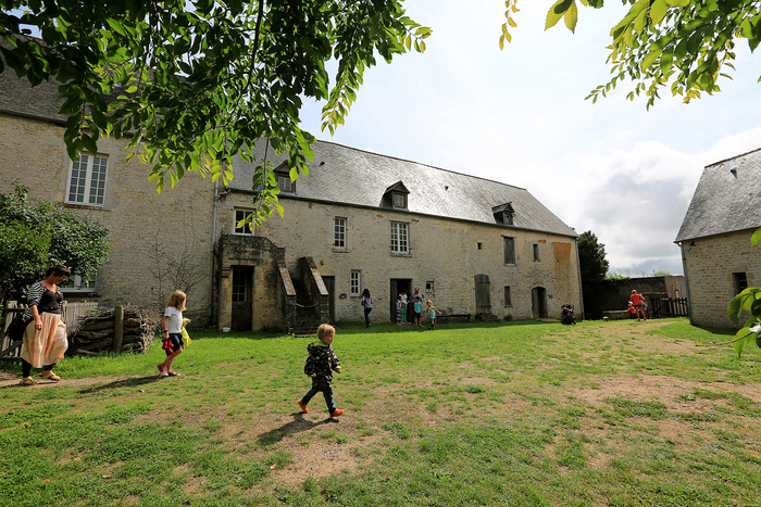 Journées du patrimoine 2019 - Visite libre de la ferme-musée du Cotentin (le musée, la basse-cour, le potager)