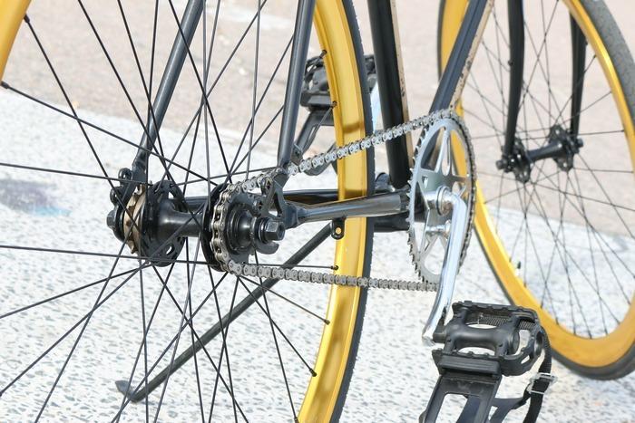 Venez faire diagnostiquer votre vélo, traditionnel ou électrique, grâce aux conseils de professionnels. Vous apprendrez les bons gestes pour le réparer chez vous.