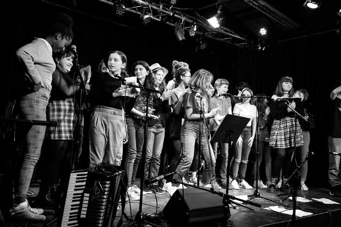 Une semaine de création vocale et musicale partagée par 5 MJC du Tarn…Cinq jours de partage et de création autour de la pratique vocale et des instruments, à travers différents ateliers.