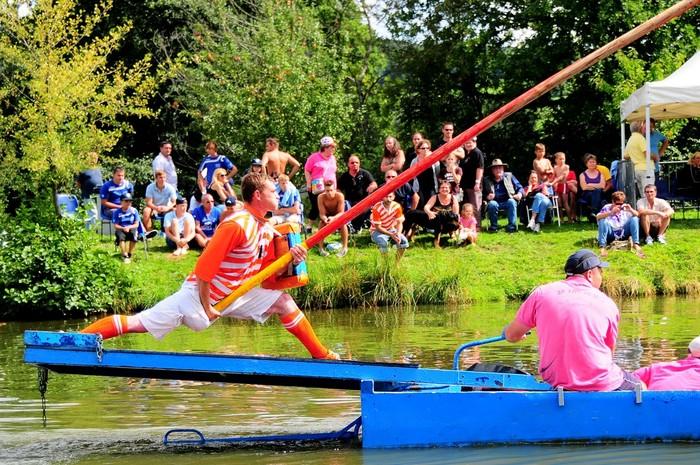 Journées du patrimoine 2019 - Démonstration sportive de joutes sur le lac des Chalandons