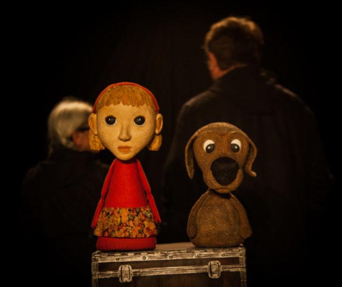 Depuis sa création en 1990, la compagnie Théâtre Exobus se consacre avant tout à la marionnette et aux formes animées.