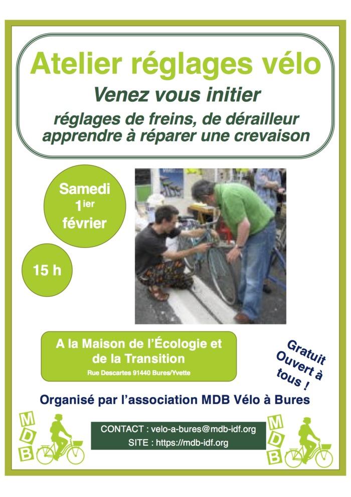 Atelier réglages vélos par l'association MDB Vélo à Bures
