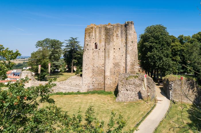 Journées du patrimoine 2020 - Visite guidée du Château de Pouzauges