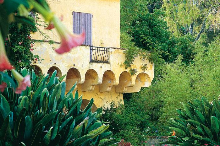 Visite guidée : jardin botanique exotique du Val Rahmeh