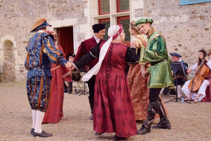 Journées du patrimoine 2019 - Chants et danses Renaissance de l'ensemble Pavane