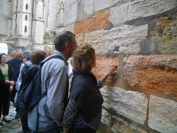 Journées du patrimoine 2020 - Déambulation géologique en compagnie de Blandine Fino, professeur de SVT au lycée Jacques Cœur.