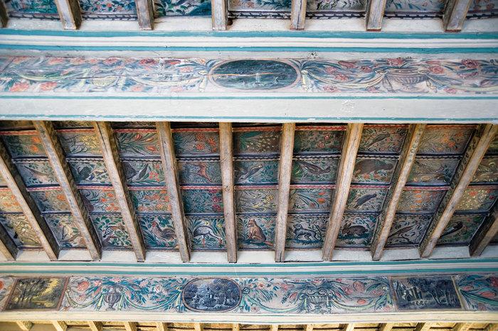 Visite libre du bureau du Maire orné de plafonds peints.