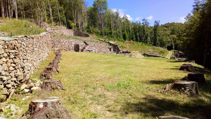 Journées du patrimoine 2020 - Visite libre Jardin clos du Pré Nouveau, site de terrasses remarquables avec constructions en pierre sèche volcanique locale