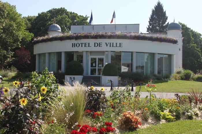 Journées du patrimoine 2020 - Visite de l'hôtel de Ville et du parc de la Mairie