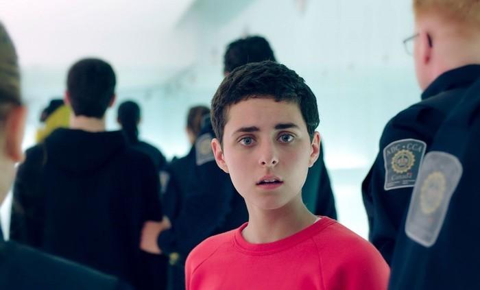 Film canadien contemporain inspiré de la tragédie éponyme écrite il y a plus de 2000 ans, Antigone raconte une histoire de libérté et de justice