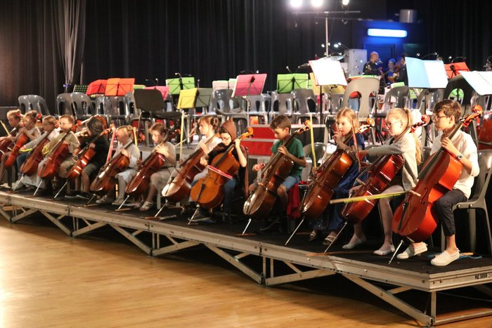 Cello show se la joue latino