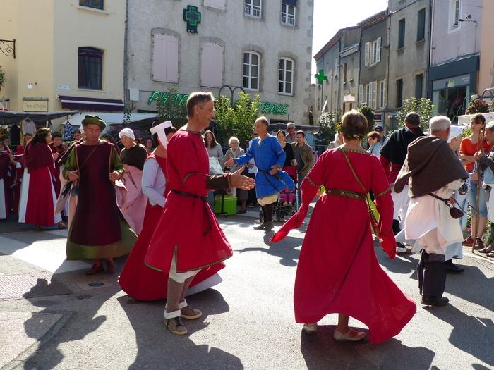 Journées du patrimoine 2019 - Défilé médiéval sur le marché de Montbrison