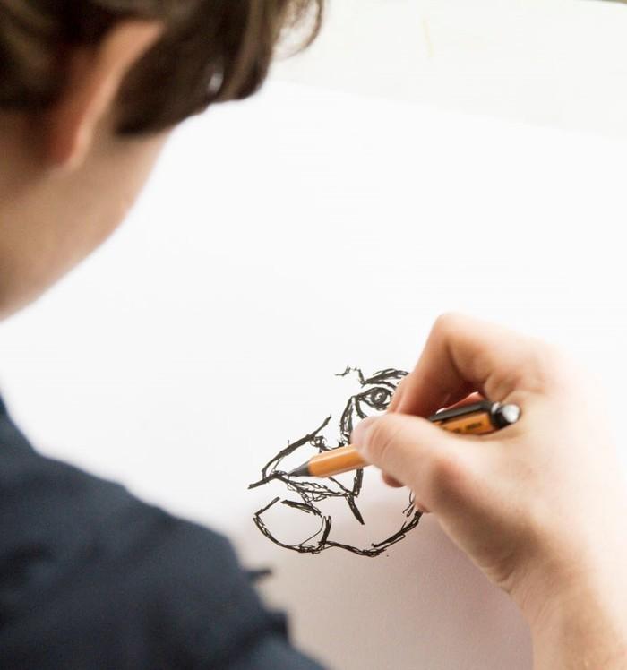 Découvrir et aborder l'essentiel du dessin en cinq séances