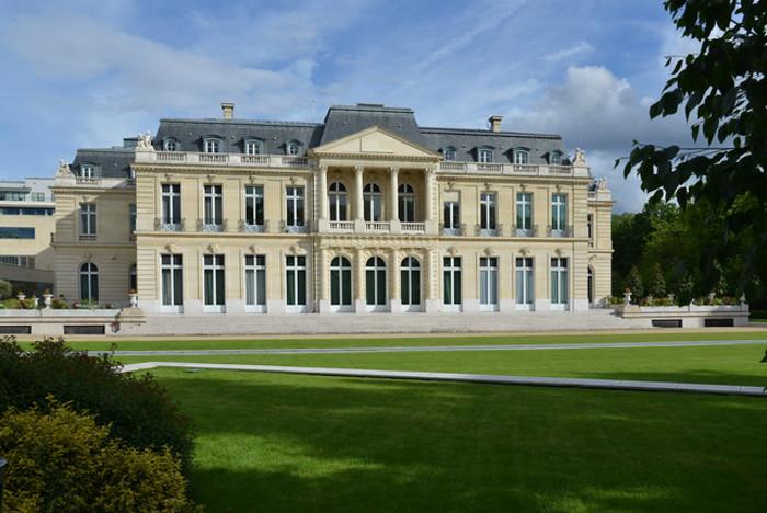Journées du patrimoine 2019 - Visite guidée du site historique du château de la Muette, siège de l'OCDE (Organisation de coopération et de développement économiques).