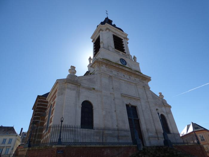 Journées du patrimoine 2019 - Exposition d'ornements et d'objets à l'église de Bolbec