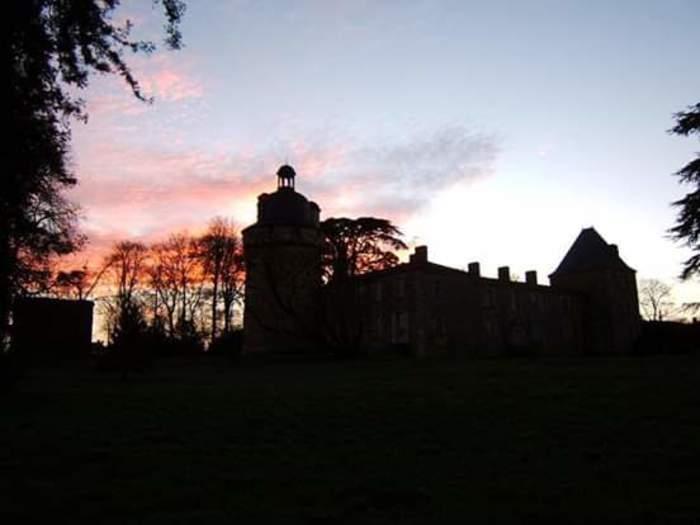 Journées du patrimoine 2019 - Visite libre du Parc, du Colombier et du Château de Bessay.