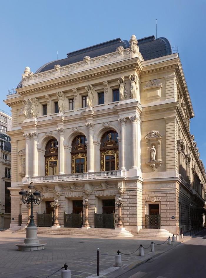 Journées du patrimoine 2020 - Voyage dans l'histoire de l'Opéra Comique depuis la Place Boieldieu