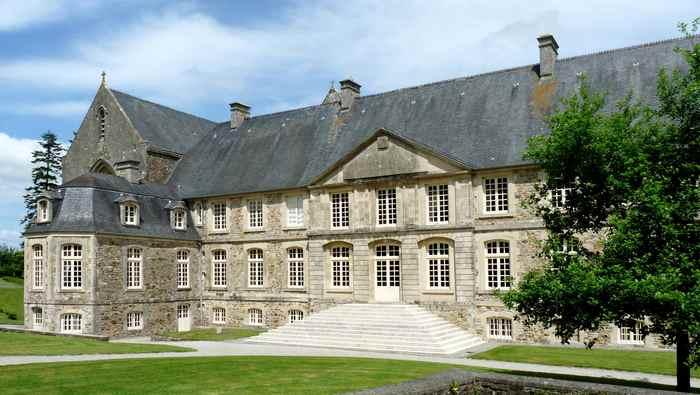 Journées du patrimoine 2020 - Visite guidée de l'Abbaye Sainte-Marie-Madeleine Postel de Saint-Sauveur-le-Vicomte