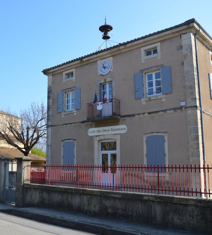 Journées du patrimoine 2020 - Autour des écoles du village de Montvendre