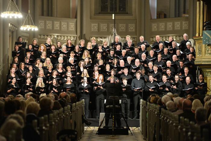 """La Symphonie """"Des Mille"""" Symphonie n°8"""