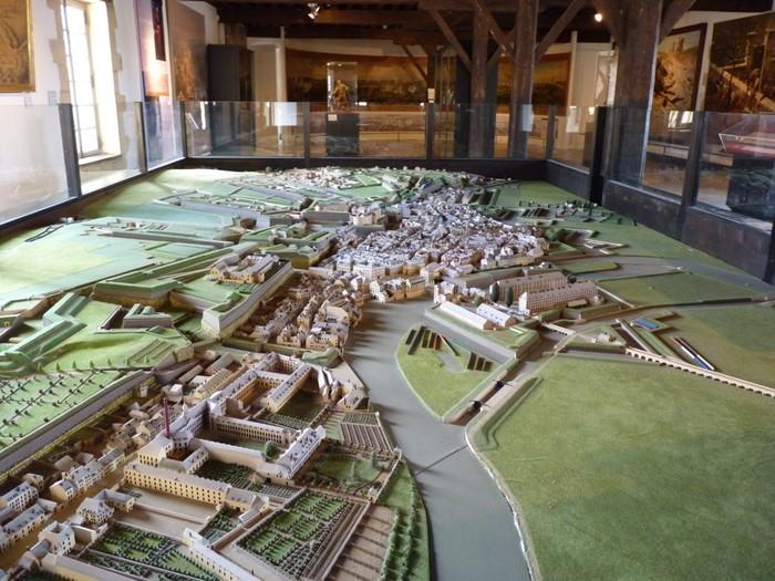 Journées du patrimoine 2019 - Présentation de la maquette de Sedan en 1830