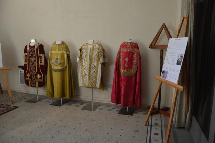Journées du patrimoine 2020 - Exposition d'objets trouvés sur le chantier et d'objets liturgiques