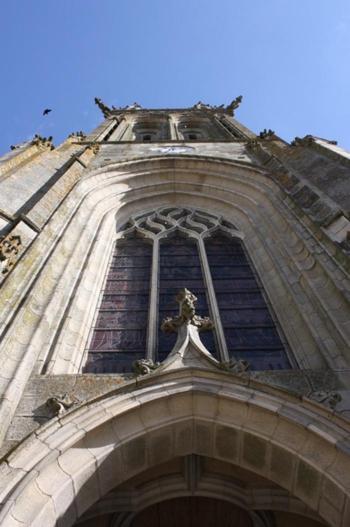 Journées du patrimoine 2020 - Conférence Histoire des Vitraux de la basilique, par le père Roger Blot.