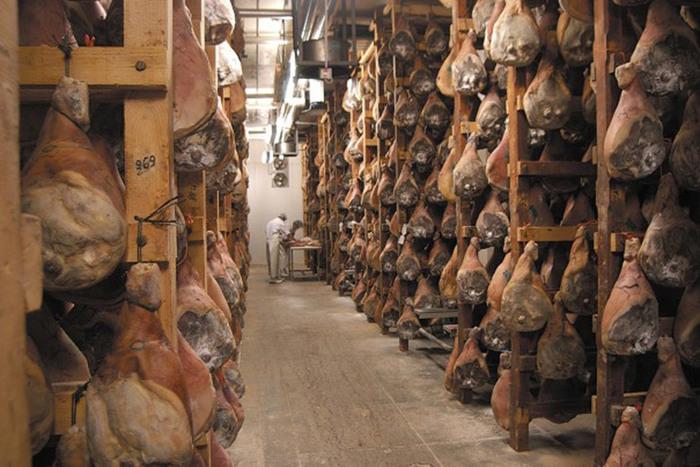 Journées du patrimoine 2019 - Visite guidée des séchoirs des mythiques salaisons Teyssier