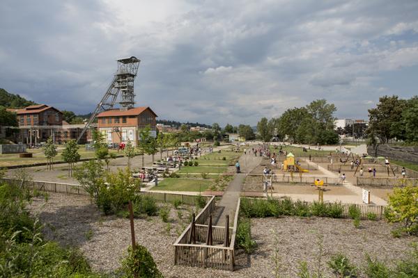 Naissance d'un parc. Michel Corajoud et le Parc-musée du puits Couriot.