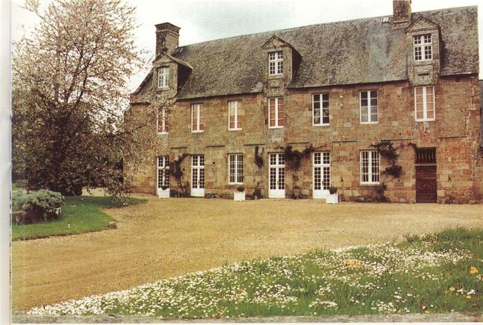Journées du patrimoine 2018 - Visite guidée des extérieurs de l'Abbaye de Montmorel à Poilley