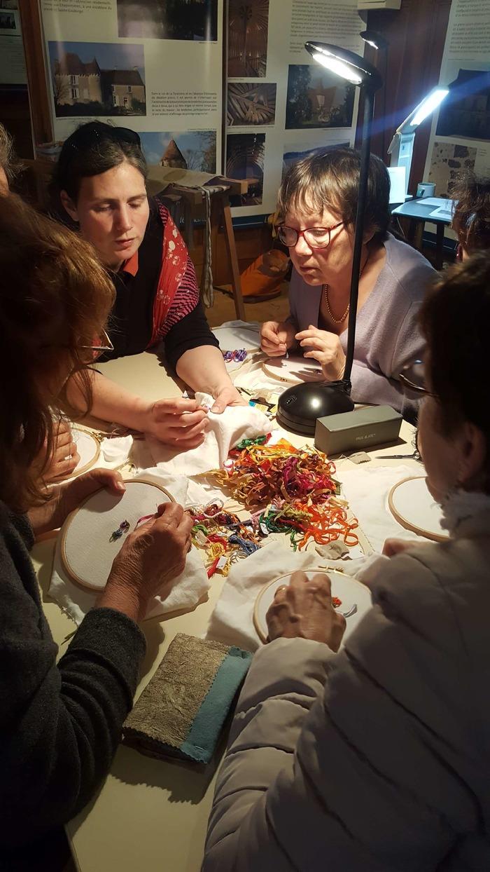 Journées du patrimoine 2018 - Atelier créatif : Broderie à l'aiguille, les points de surface