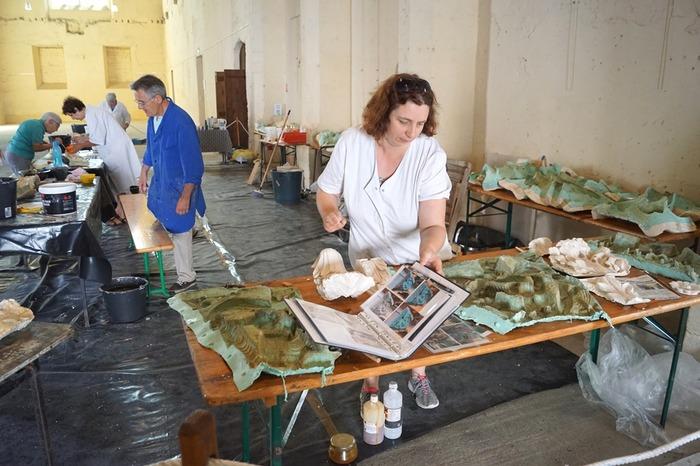 Journées du patrimoine 2018 - Atelier de moulage des chapiteaux de l'abbatiale