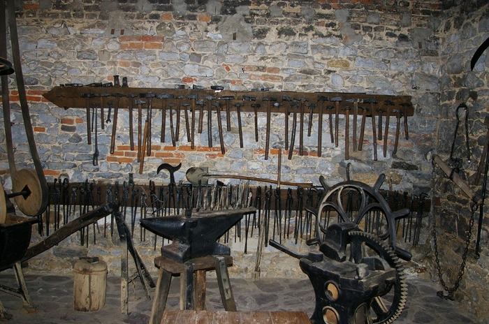 Journées du patrimoine 2018 - Atelier forge, démonstration d'un forgeron et découverte de la Forge Toussaint (outils, charrue Melotte et panneaux didactique)