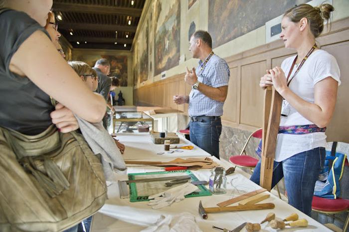 Journées du patrimoine 2018 - Atelier jeune public - rencontre avec l'atelier cuir du musée de l'Armée