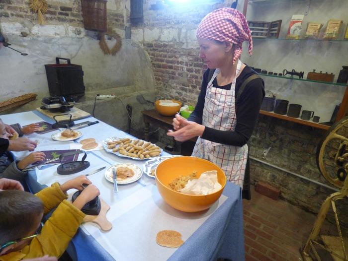 Journées du patrimoine 2018 - Fabrication de beurre à l'ancienne et de gaufres fourrées