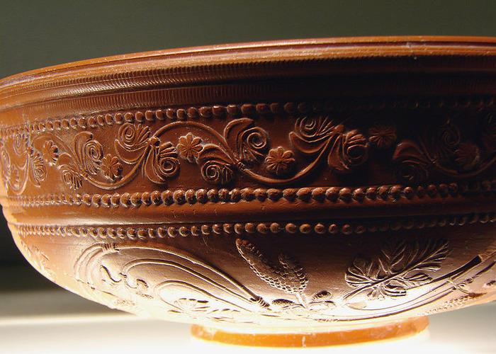 Crédits image : Céramique sigillée, époque gallo-romaine, musées de la Cour d'Or à Metz - (c) Wikimedia Commons - Vassil