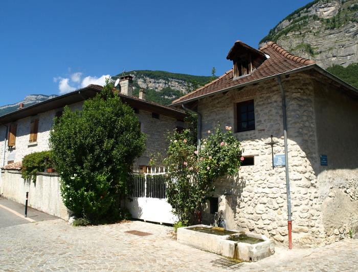 Journées du patrimoine 2018 - Balade patrimoniale dans les rues du hameau du Fragnès.