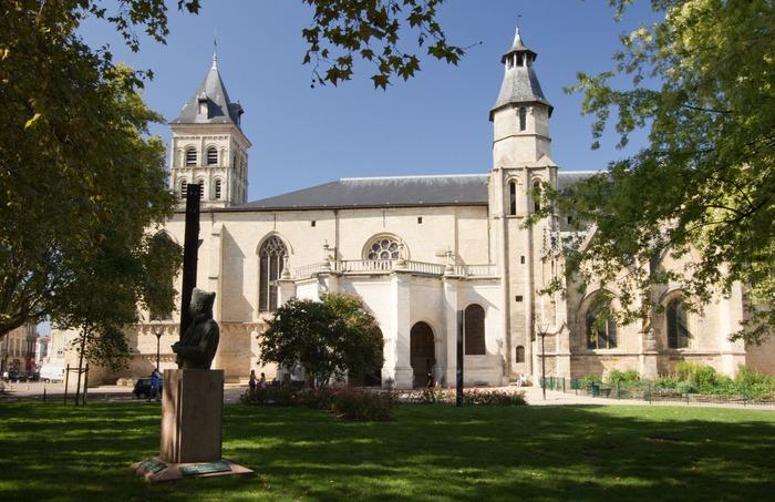 Crédits image : © Église Saint-Seurin