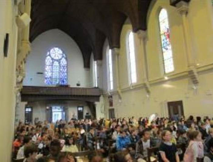 Célébration de rentrée de l'école élémentaire - Ecole Sainte Marie - groupe La MADONE