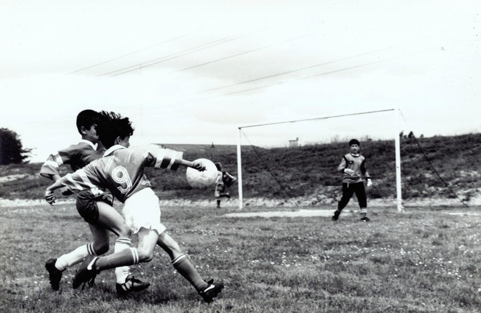 Crédits image : ©  Archives municipales de Cenon, 1993, match de football à La Blancherie